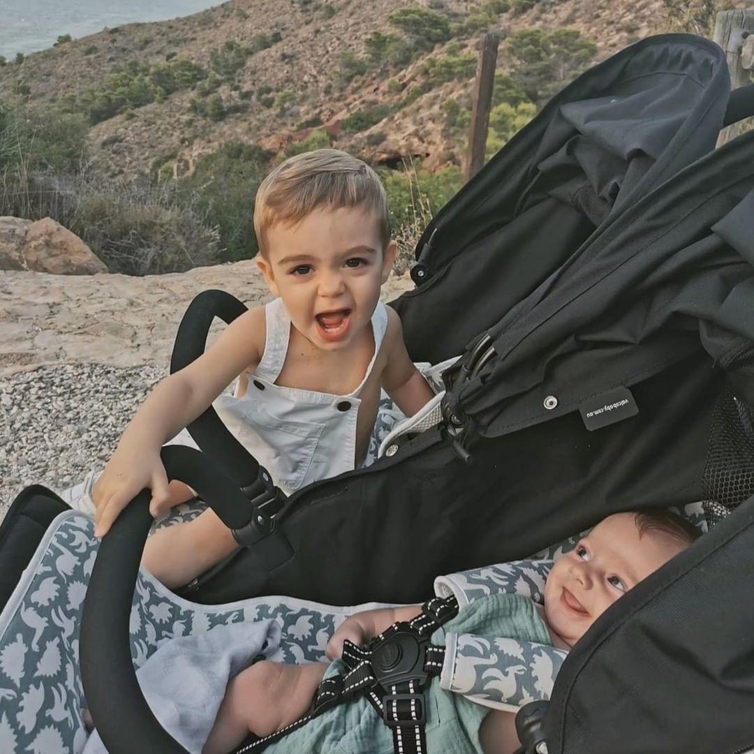 bebé no quiere ir en silla de paseo