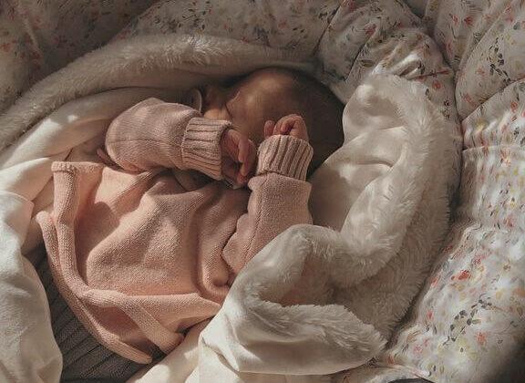 bebe de 4 meses con sueño